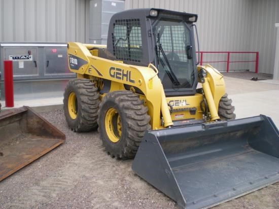 2010 Gehl 7810E Skid Steer For Sale