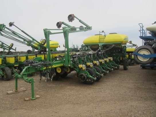 2011 John Deere 1770 Planter For Sale
