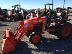 Tractor :  Kubota B3350HSD
