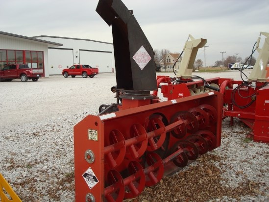 2006 Red Devil 9945A Snow Blower For Sale