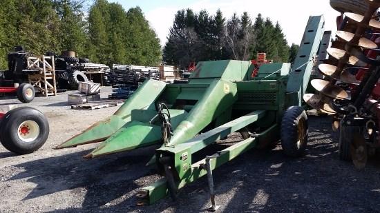 John Deere 300 2 ROW Corn Picker For Sale