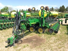 Planter For Sale:  2013 John Deere DB66