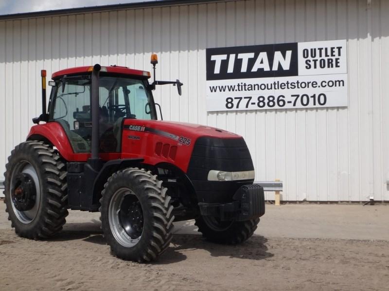 2012 Case IH 225, 2265 Hr, CVT, 4 Rem, Leather, Weights Tractores a la venta