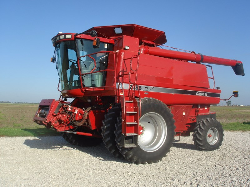 2004 Case IH 2388 Combine For Sale
