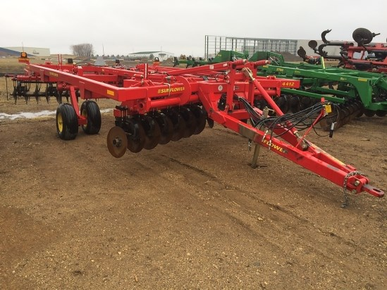 2012 Sunflower 4412, 13', New Points, 20