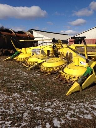 John Deere 678 Forage Head-Row Crop For Sale