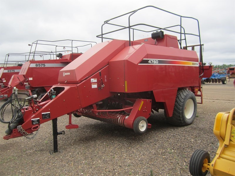 2004 Hesston 4760 Baler-Square For Sale