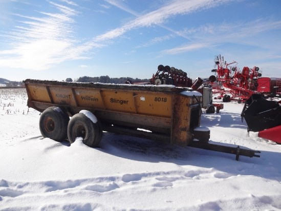 Knight 8018 Manure Spreader-Dry/Pull Type For Sale