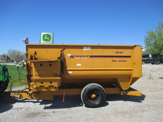 2006 Kuhn Knight 3042 Grinder Mixer For Sale
