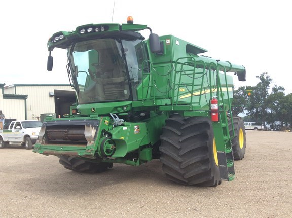 2014 John Deere S690 Combine For Sale