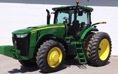 Tractor For Sale 2012 John Deere 8235R , 235 HP