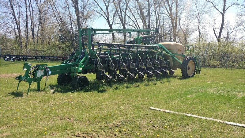 2011 Great Plains YP1625 Planter For Sale