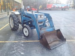 Tractor For Sale:   Ford 1700