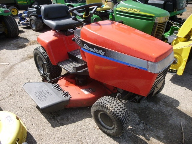 1995 Simplicity BROADMOOR Riding Mower For Sale » John Deere dealer