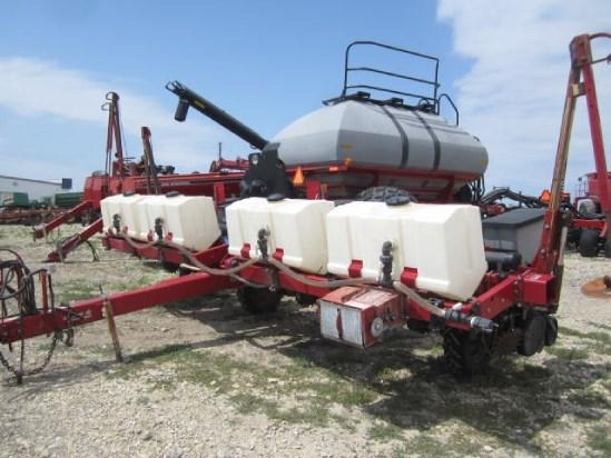 Case IH 1200-8RN Planter For Sale
