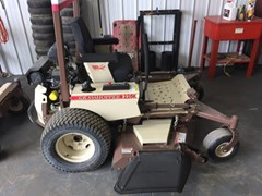 Riding Mower For Sale:  2015 Grasshopper 225K