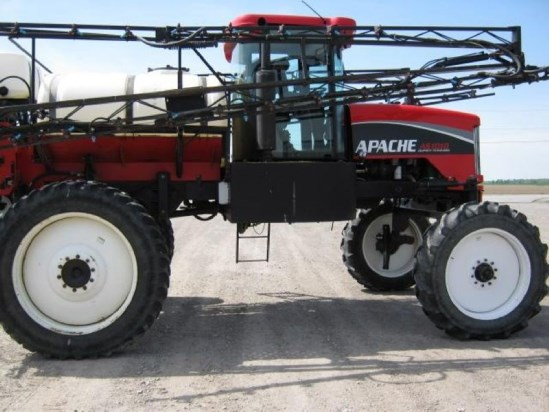 2006 Apache AS1010 Sprayer-Self Propelled For Sale