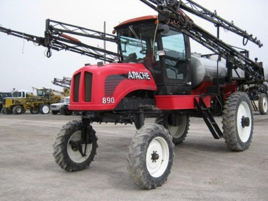 2001 Apache 890 Sprayer-Self Propelled For Sale