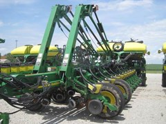 Planter For Sale 2006 John Deere 1770NT