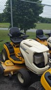 Riding Mower For Sale:  2006 Cub Cadet GT2550