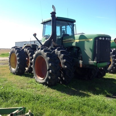 2005 John Deere 9220 Tractor For Sale
