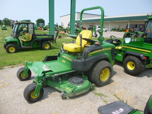 2012 John Deere 997 Riding Mower For Sale