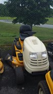 Riding Mower For Sale:  2008 Cub Cadet LT1042