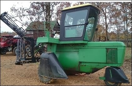 John Deere 6000 Sprayer-Self Propelled For Sale
