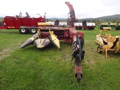 Forage Harvester-Pull Type For Sale New Holland 900