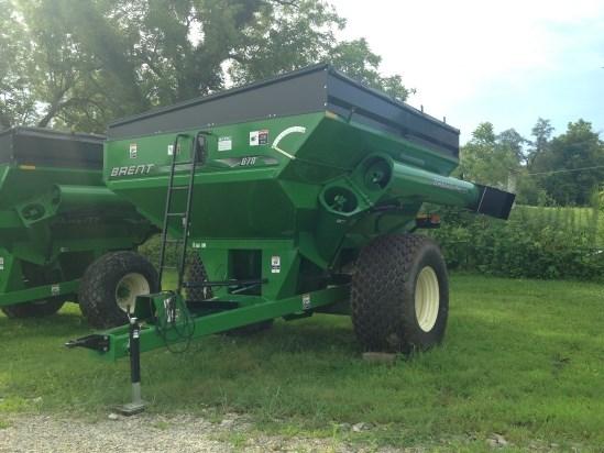 Brent 678  W/ TARP Grain Cart For Sale