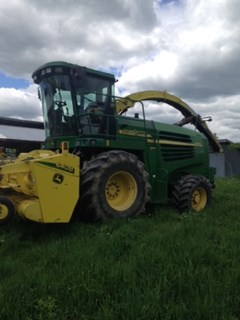 Forage Harvester-Self Propelled For Sale 2003 John Deere 7400
