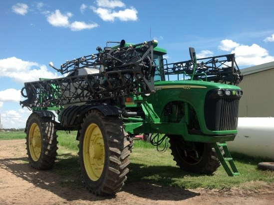 2006 John Deere 4920 Sprayer-Self Propelled For Sale