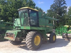 Combine For Sale:  1982 John Deere 7720
