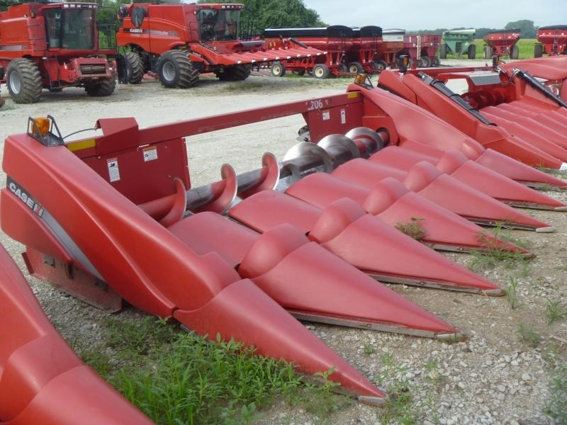 2010 Case IH 2206, 6R30, Setup for 5130 Opening, FT, HHC Cabezales para maíz a la venta