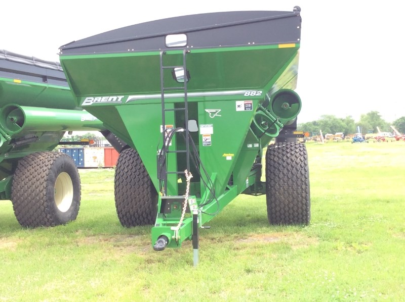 Brent 882  W/ TARP Grain Cart For Sale