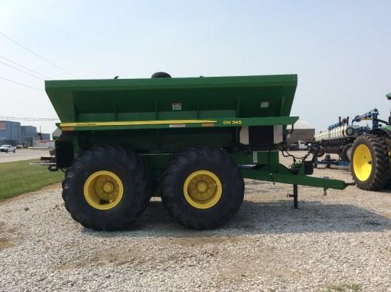 2014 John Deere DN 345 Fertilizer Spreader For Sale