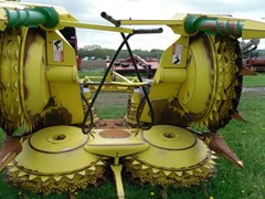 Forage Head-Rotary For Sale 2007 John Deere 678