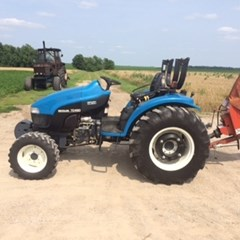Tractor For Sale 2000 New Holland TC45D