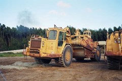 Scraper-Self Propelled For Sale 1990 Caterpillar 637E AUGER , 700 HP
