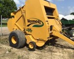 Baler-Round For Sale: 2009 Vermeer 605SM