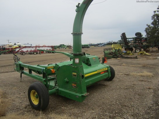 2002 John Deere 3975 Forage Harvester-Pull Type For Sale