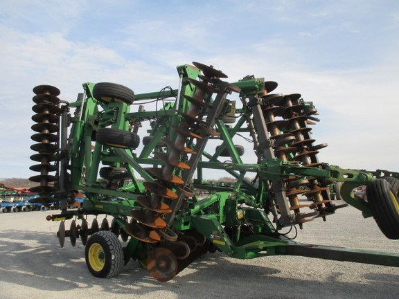 2007 John Deere 637 Disk Harrow For Sale