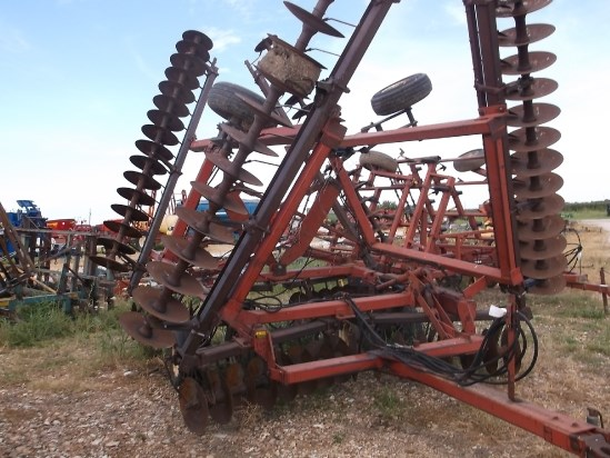 IH 496 Disk Harrow For Sale