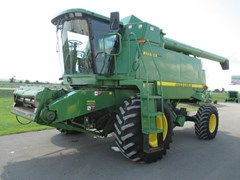 Combine For Sale:  1999 John Deere 9610