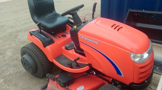 2011 Simplicity CONQUEST Riding Mower For Sale