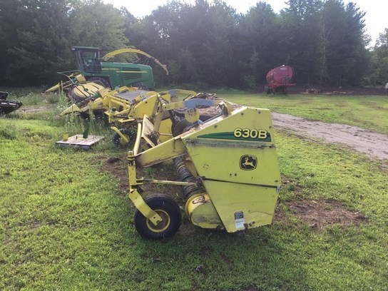 2006 John Deere 630B Forage Head-Windrow Pickup For Sale
