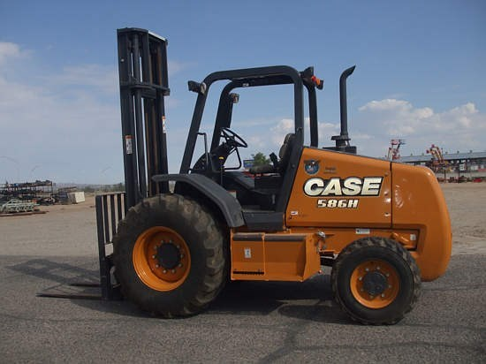 2015 Case 586H Lift Truck/Fork Lift-Rough Terrain
