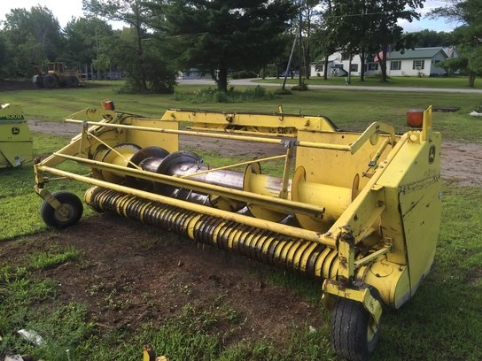 2002 John Deere 640A Forage Head-Windrow Pickup For Sale