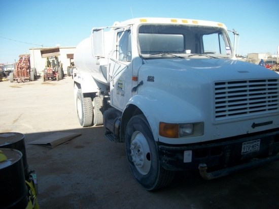 1999 International  Water Truck