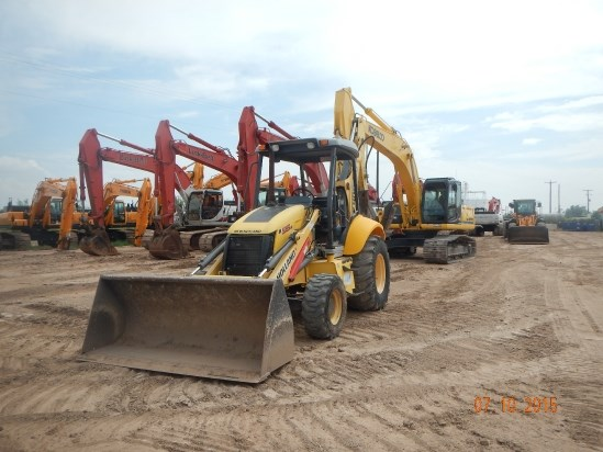 2010 New Holland B95B Loader Backhoe